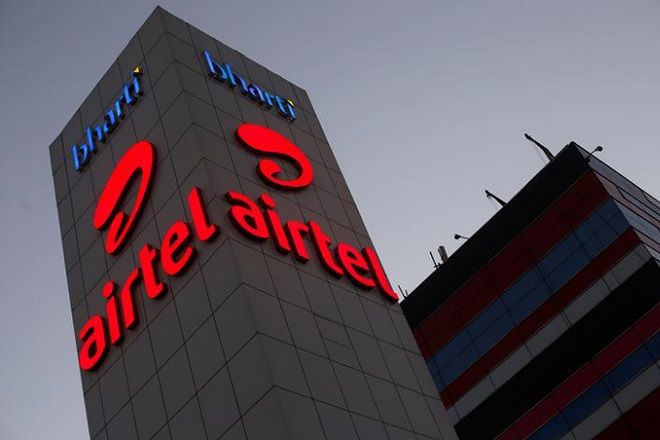 Bharti Airtel, Bharti Airtel profit, Bharti Airtel Q2 profit, Bharti Airtel profit in Q2, Street estimates, evaluating offers to sell Bharti Infratel stake, Bharti Infratel stake