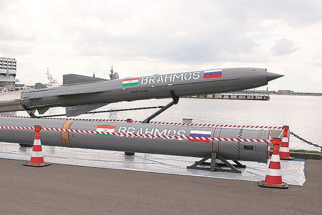 BrahMos test, india, aircraft Sukhoi-30MKI , Su-30MKI fighter jets, BrahMos cruise missiles, BrahMos Aerospace, indo russian joint venture, HAL, indian air force