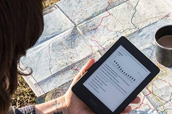 Amazon Kindle. kindle turns 10, amazon kindle 10 years, 10 years of amazon kindle jeff Bezoz, Twitter.