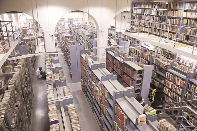 Delhi Public Library,Chandni Chowk,Asia biggest public libraries,Nasscom Foundation,Ghar Ghar Pustak,IPLM,Uttar Pradesh, karnataka