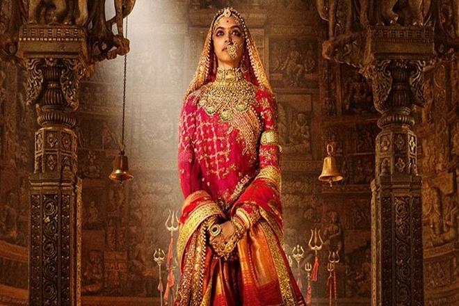 Padmavati, Padmavati news, Padmavati resease date, Firangi, Kapil Sharma, Kapil Sharma's Firangi, Rajiv Dhingra, Firangi news, Firangi 2017, patriotism, December 1, which film will release on dec 1