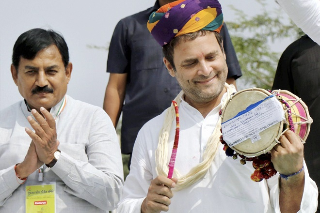 gujarat election 2017, gujarat election live updates, gujarat election updates, rahul gandhi, rahul gandhi in gujarat, rahul gandhi gujarat visit, narendra modi, bjp, congress