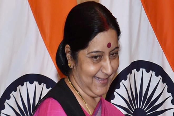 Sushma Swaraj,Pakistan national,Indian High Commission,Maqbool Ahmad Qureshi, india pakistan,Islamabad