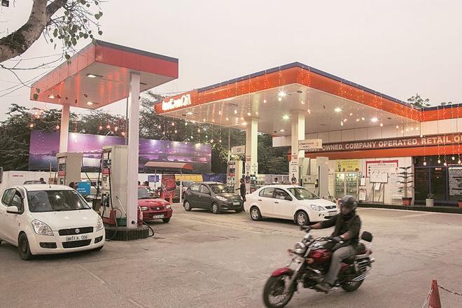 Refining, Marketing, oil demand,petcoke,India's oil product,India's oil product demand,India's oil product demand growth,demonetisation,India's oil marketing firms,India's oil marketing