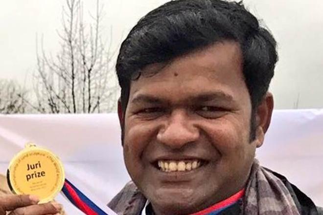 Sand artist, Sudarshan Pattnaik, Sudarshan Pattnaik attacked, Sudarshan Pattnaik hospitalized,Festival in Odisha