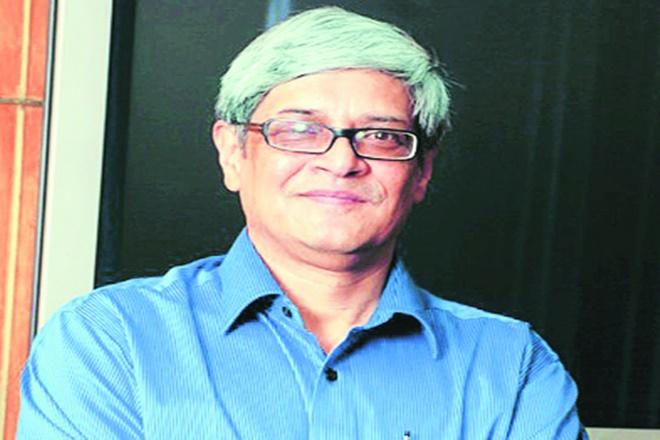 Bibek Debroy, Prime Minister's Economic Advisory Council, Kishore Desai. economy, pm marendra modi
