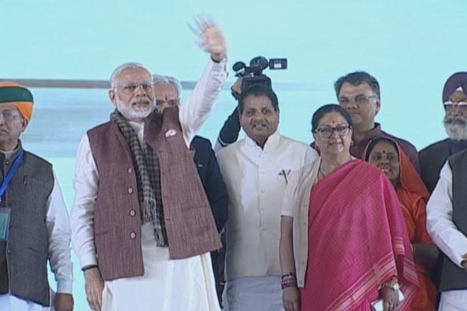 नरेन्द्र मोदी, राजस्थान, बाड़मेर जिला, पचपदरा, narendra modi, rajasthan, barmer, pachpadra, barmer refinery, वसुंधरा राजे, धर्मेंद्र प्रधान
