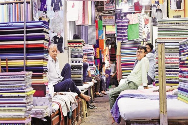 budget 2018, budget 2018 date, budget 2018 india, budget session 2018, budget 2018 garment dealers, gst, tax reduction, garment dealers hope tax reduction
