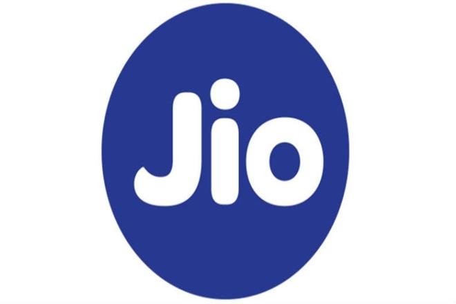 Reliance Jio, Market, low charges, Vodafone, Idea Cellular