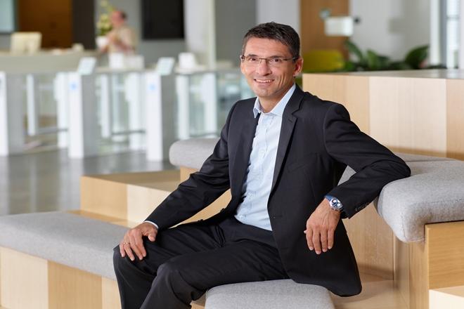 SAP SE,enterprise resource planning, ERP, bernd leukart, germany SAP SE, palm tree, floods, digital transformation