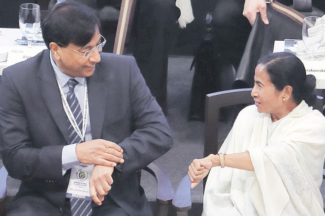 JSW, Mamata Banerjee, investment, invest,Spicejet,JSW Group,Sajjan Jindal,Adventz Group,Kotak Mahindra