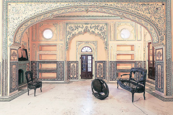 Nahargarh Fort, Jaipur's Nahargarh Fort, contemporary art, historical architecture, sculpture