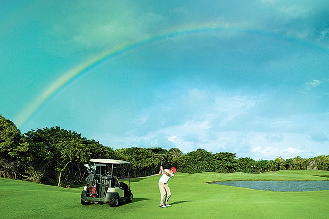 golf, St Andrews, Asia's finest golf resorts, golf resorts, Mauritius, Thailand, Delhi, Classic Golf & Country Club, Belle Mare Plage
