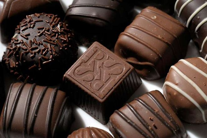 climate change, chocolate, cacao plant, cocoa production, chocolate extinction, global warming