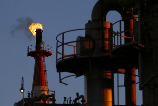 HPCL,ONGC,Shashi Shanker,GAIL India, indianoil corporation,liquid assets,Hindustan Petroleum stake