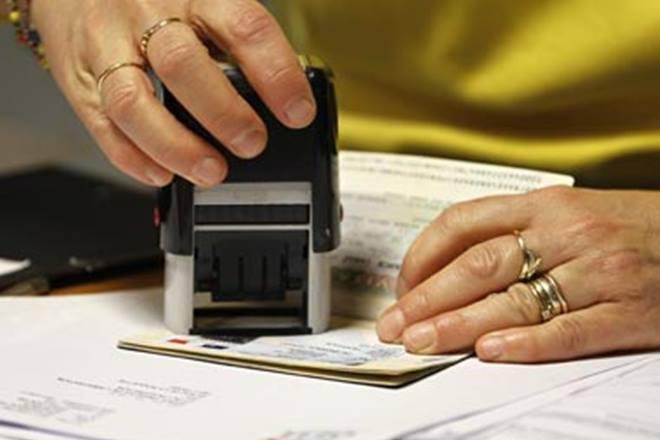 h1b visa extension, donald trump visa extension, indian techies problem after h1b