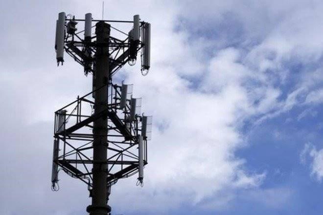 telecom sector revenue, drop in telecom sectorrevenue, government's revenue from telecom sector