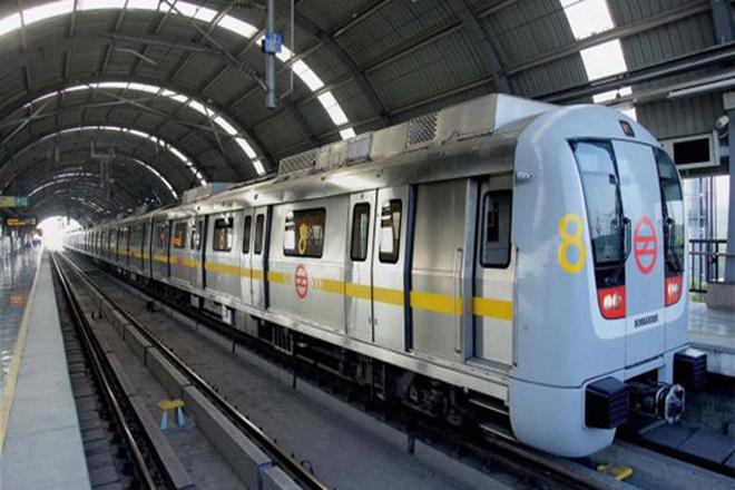 deepest hauz khas metro station