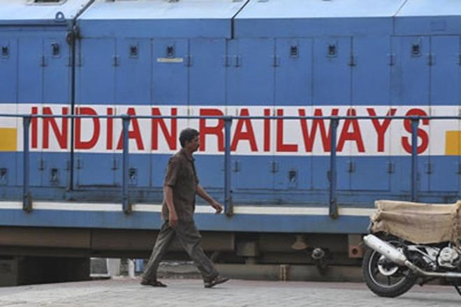 Indian Railways, railway employees, Railways, rail staff,Piyush Goyal,Central Railways,Railways employment