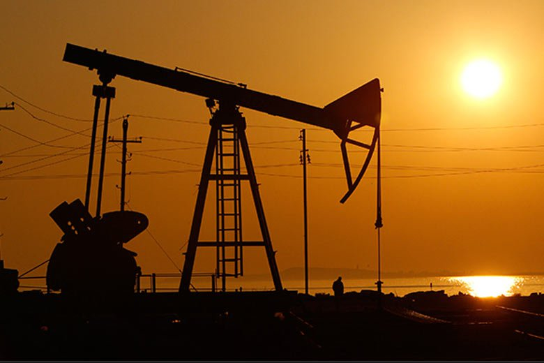 With rising oil prices and overall decrease in production, the government faces a big fiscal deficit risk. (Reuters)
