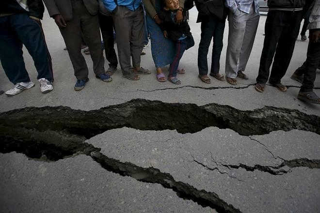 earthquake, quake, earthquake in jammu and kashmir, jammu and kashmir earthquake, india, pakistan, afghanistan