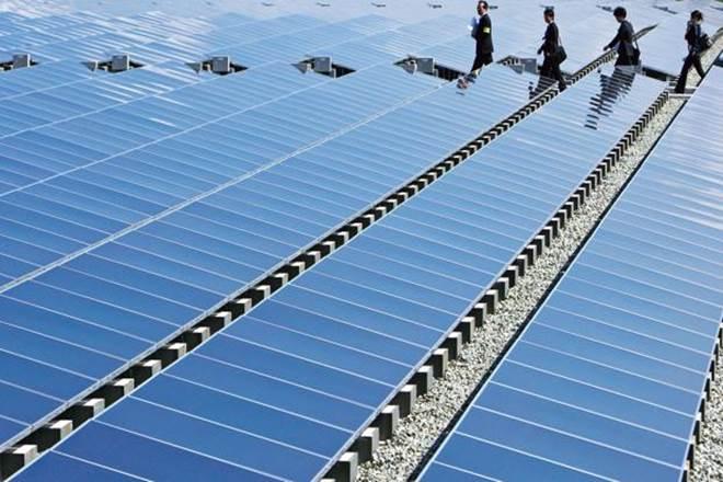 solar power tariff, solar power target, solar power capacity growth, solar power demand