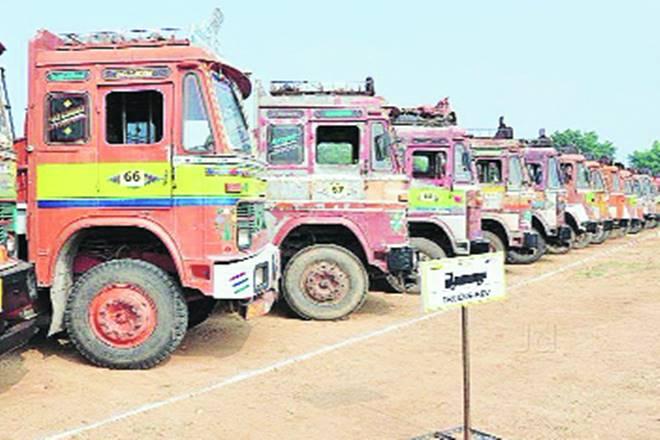 Shriram Transport Finance, Edelweiss, economy