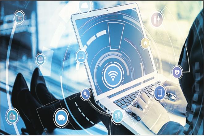 Computing Ethics, companies, ethics, markets, professional ethics, social media