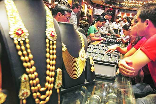 gold loot, Ghaziabad, 10 kg gold looted, mumbai,Union Jewellers & Gems Pvt Ltd,Sahibabad railway station