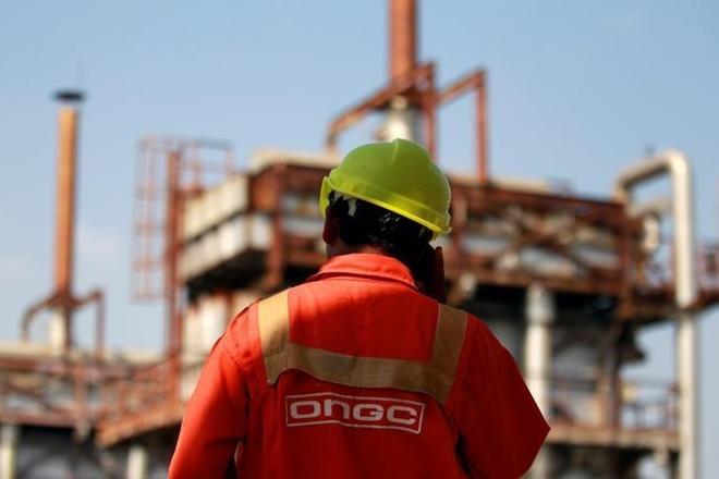 ONGC, OIL INDIA, IOCL, BPCL, HPCL, FID, cashflow, markets