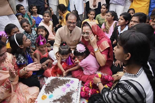 Shivraj Singh Chouhan,Madhya Pradesh Chief Minister, 12000 for childbirth for poor in MP, bjp,Sewa Divas, narendramodi