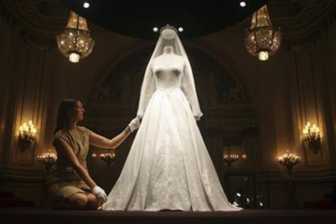 french wedding, india, indian fabrics, indian wedding