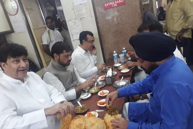delhi congress chcole bhature