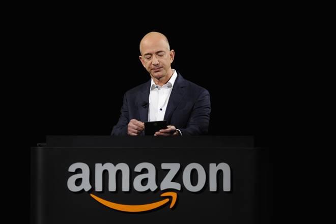 Amazon, Jeff Bezos, world's richest person, Amazon founder Jeff Bezos, richest person, Netflix, Facebook, America, US