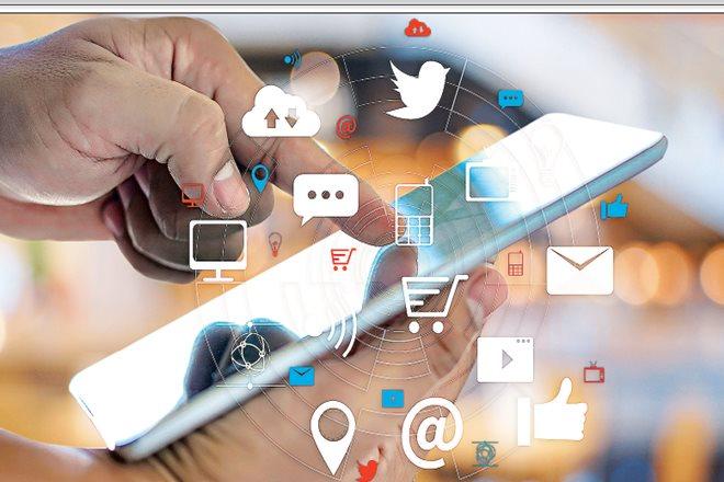 social media, digital media