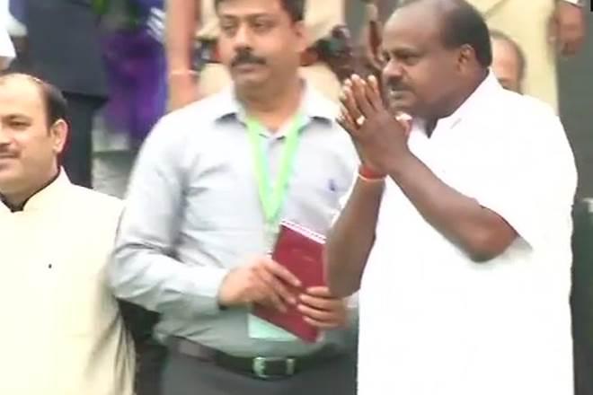 Congress, JDS, Modi, Ashwamedha horse, Karnataka, CM Kumaraswamy,Kumaraswamy