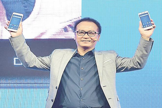 Mobiistar,Generation Selfie,Vietnamese smartphone brand ,Carl Ngo,4G devices,Digital India initiative