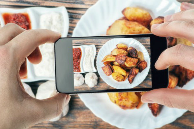 Here's how restaurants lure you to eat out with Instagram worthy food