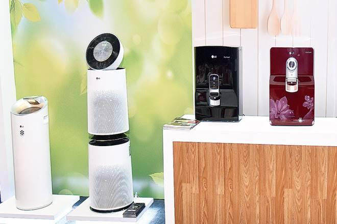 LG,LG Electronics,TRA Research,LG sales,OLED segment, india, Samsung,South Korean companies