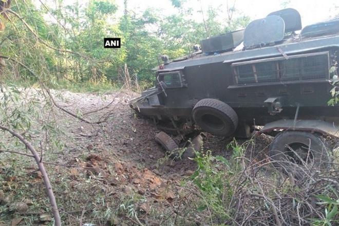 shopian, jammu and kashmir, indian army, army, shopian blast, IED, IED blast, exposive device, explosion, shopian explosion