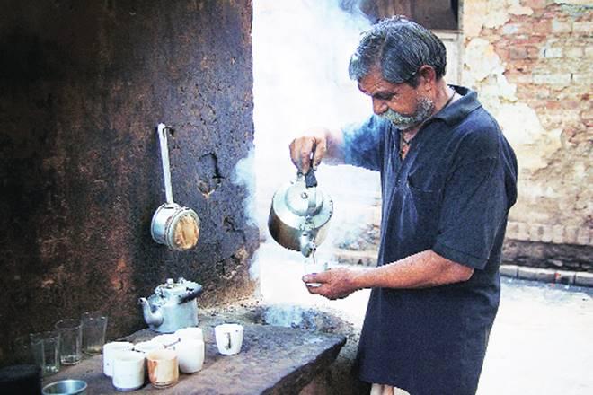 tea, milk, sugar, sugarless tea, sugarfree tea, milkless tea, Kerala