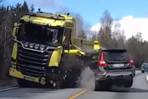 Shocking video! Volvo XC70 rams into oncoming truck and driver still walks away - The Financial Express