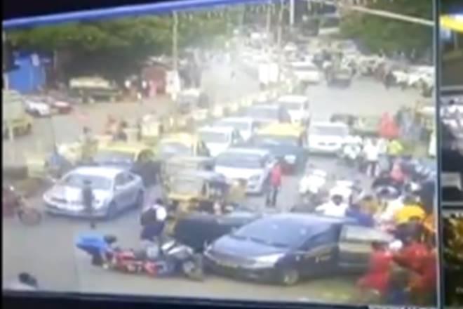 car accident, accident videos, mumbai, dharavi, accident videos, shocking accident videos