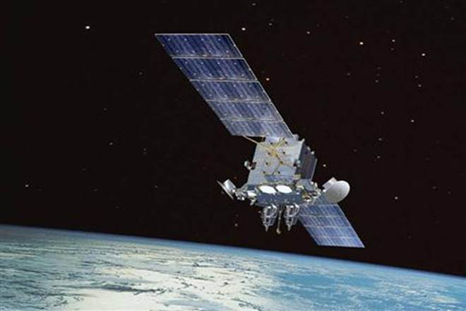 space junk, satellite for collecting space junk, ISS,RemoveDEBRIS mission,International Space Station