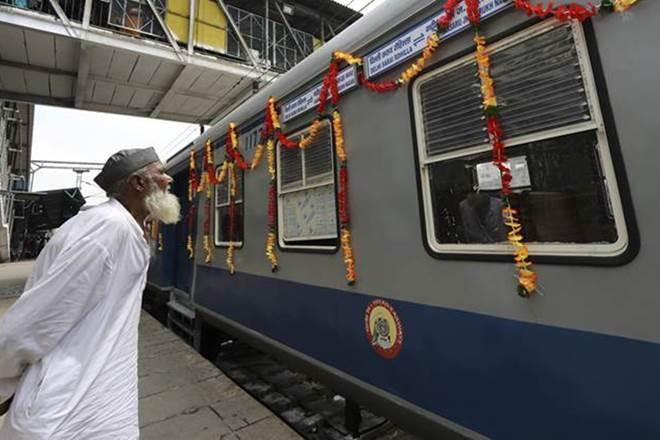 indian railways, railways, sri lanka, DMU, diesel multiple units, DMU train set, train coash, DMU trains
