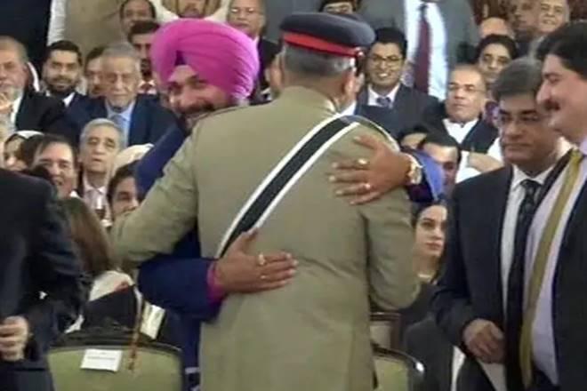 What is Sikh pilgrim corridor, Sikh pilgrim corridor, Sikh pilgrim corridor bajwa, navjot singh sidhu, sidhu, Qamar Javed Bajwa, Qamar Javed Bajwa pakistan, pakistan army, Gurdwara Darbar Sahib, india news
