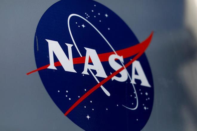 NASA, spacecraft, NASA spacecraft, sun, trip around sun, glittering crown, science