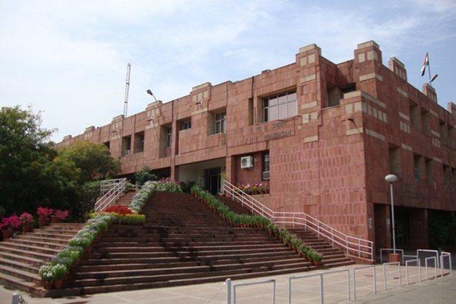 Convocation, JNU, Jawaharlal Nehru University, VK Saraswat, Balraj Sahni