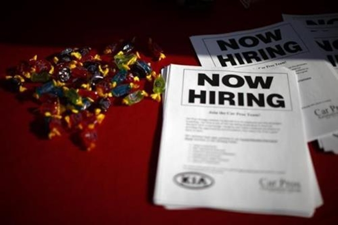 Job market rebounds; hiring sentiment seen picking up 1st time in Modi era in Q3