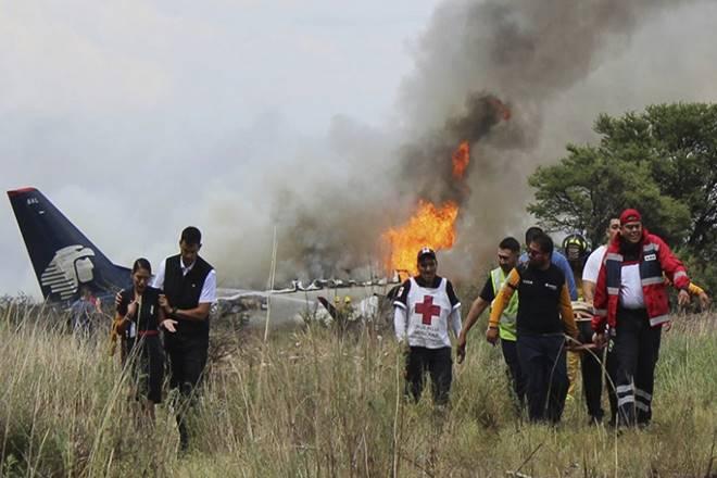 mexico plane crash, mexico crash, plane crash in mexico, Aeromexico flight, Aeromexico flight crash, Aeromexico plane crash, Aeromexico crash